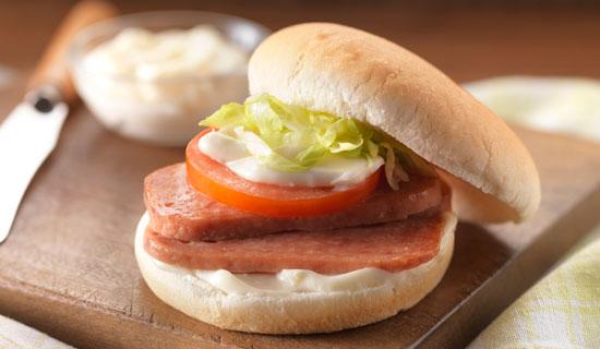 https://www.spam-uk.com/recipe/slt-spam-lettuce-tomato/