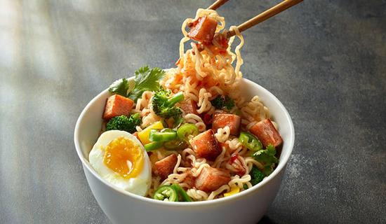 https://www.spam-uk.com/recipe/spam-with-ramen-noodles/